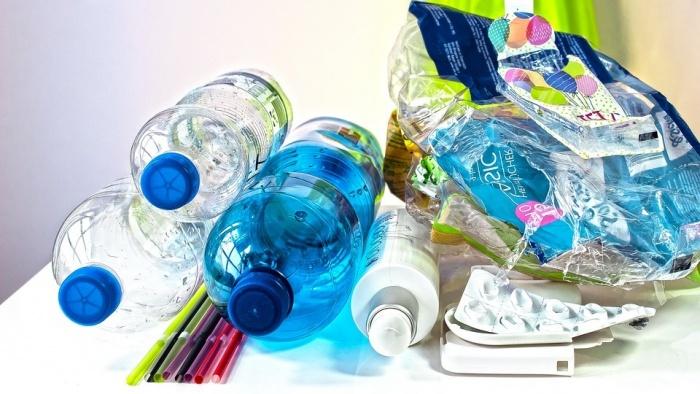 Хургада и Марса-Алам запретят пластиковую посуду и пакеты