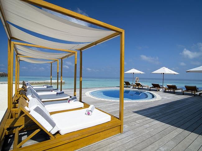 Мальдивы Lily Beach Resort & Spa 5*