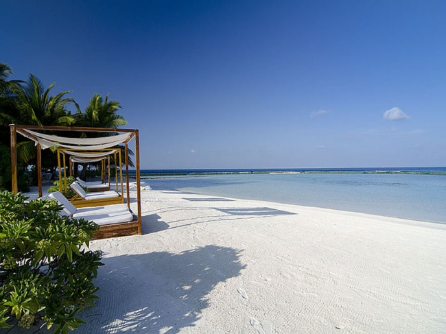 Мальдивы Lily Beach Resort & Spa 5* фото №1