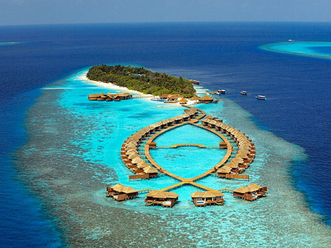 Мальдивы Lily Beach Resort & Spa 5* фото №2