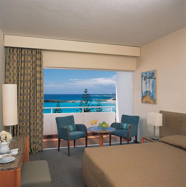 Кипр Nissi Beach Holiday Resort 4* фото №1