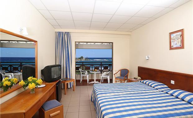 Кипр Mimosa Beach Hotel 3* фото №1