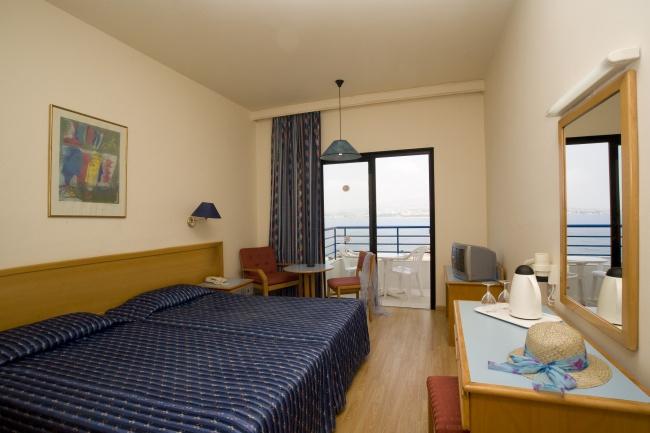 Кипр Queens Bay 3*
