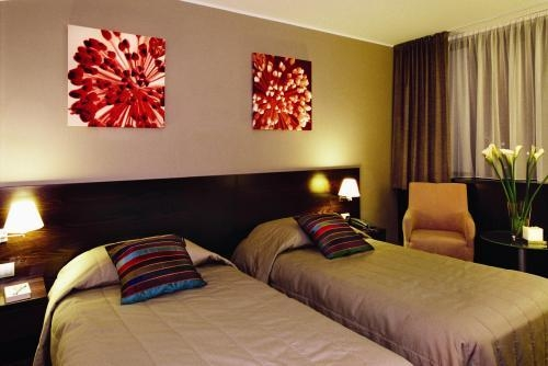 Словакия Holiday Inn Bratislava 4* фото №1