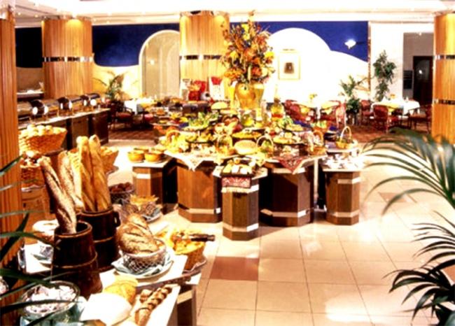 ОАЭ Holiday International Sharjah 5* фото №1
