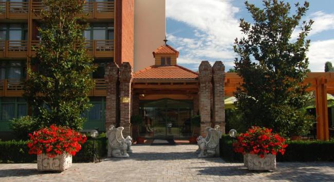 Венгрия Будапешт - неделя удовольствия в отеле Achat 4* !