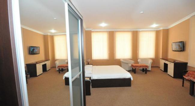 Азербайджан Kichik Gala Hotel 4* фото №2