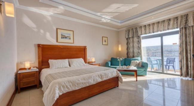 Мальта Paradise Bay Hotel 4* фото №1