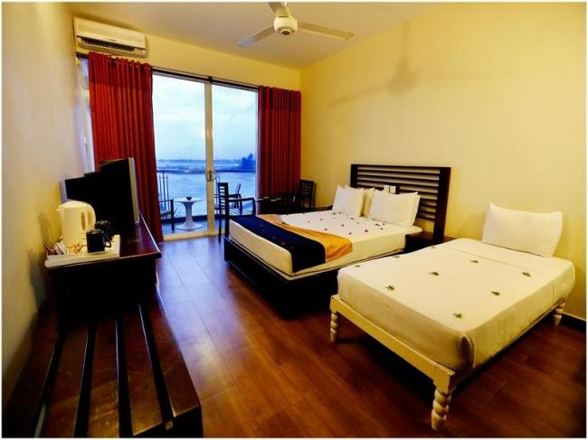 Шри Ланка Hikkaduwa Beach Hotel 3* фото №3