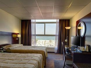 ОАЭ Ajman Beach Hotel 3* фото №2