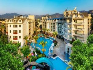 Cosmopolitan Resort Hotel 21
