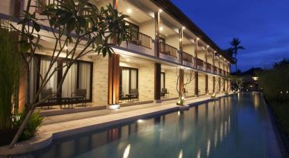Grand Whiz Hotel Nusa Dua 4*