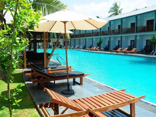 Шри Ланка Carolina Beach Resort & Spa 3* фото №2