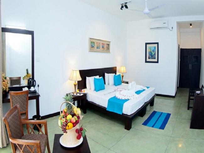 CoCo Royal Beach Resort фото №1