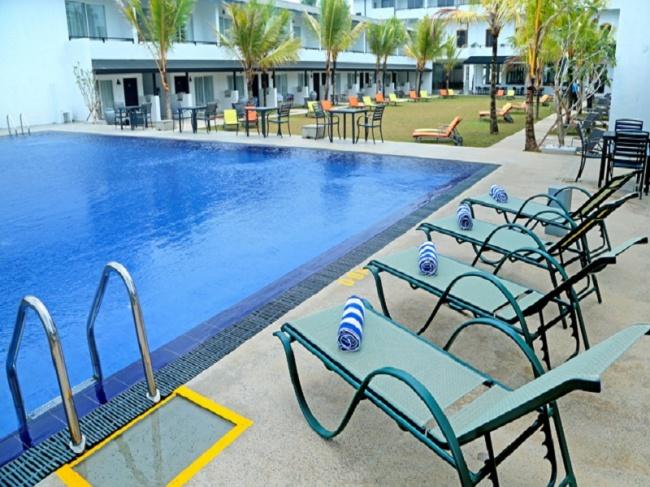 CoCo Royal Beach Resort фото №2