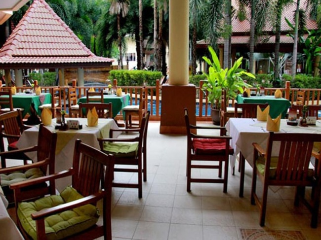 Baumanburi Hotel фото №1