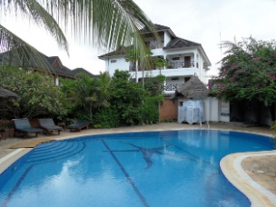 Langi Langi Beach Bungalows 24