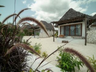 Занзибар Zanbluu Beach Hotel 5*