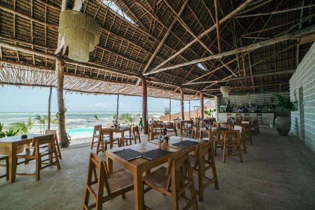 Занзибар Zanbluu Beach Hotel 5* фото №2