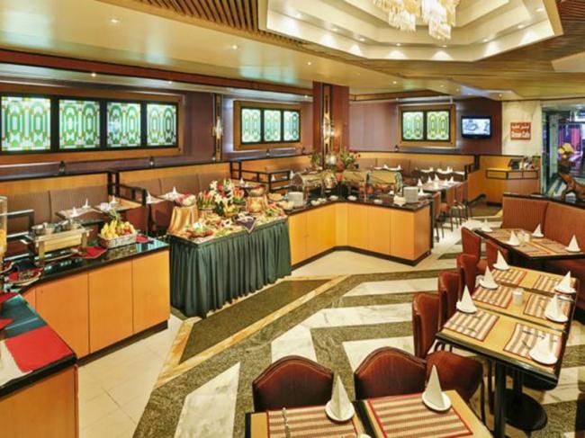 ОАЭ Admiral Plaza Hotel 3* фото №2