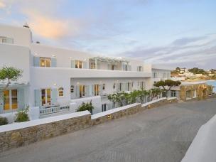 Petinos Hotel 23