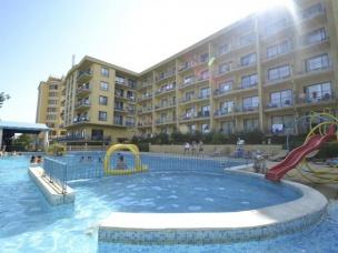 Dana Palace 4