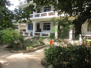 Baraka Beach Bungalows 17
