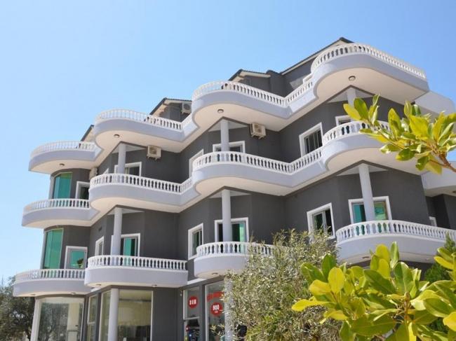 Албания Villa Qendra 3*