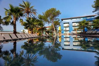 OCCIDENTAL MENORCA 4 *