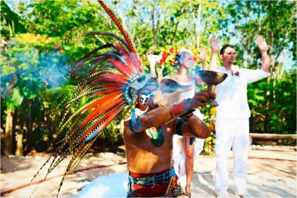 Мексика Официальная свадебная церемония «Когда звучат Марьячес»