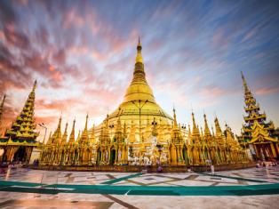Золото и зонтики Мьянмы