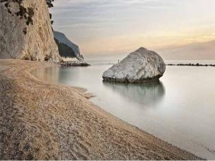 Италия По Южной Италии к Святому Николаю от Анкона
