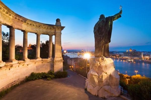Венгрия В Будапешт на мероприятие