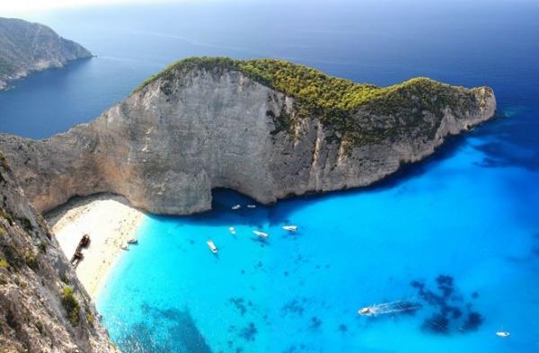 Пелопоннес. Майские праздники в Греции